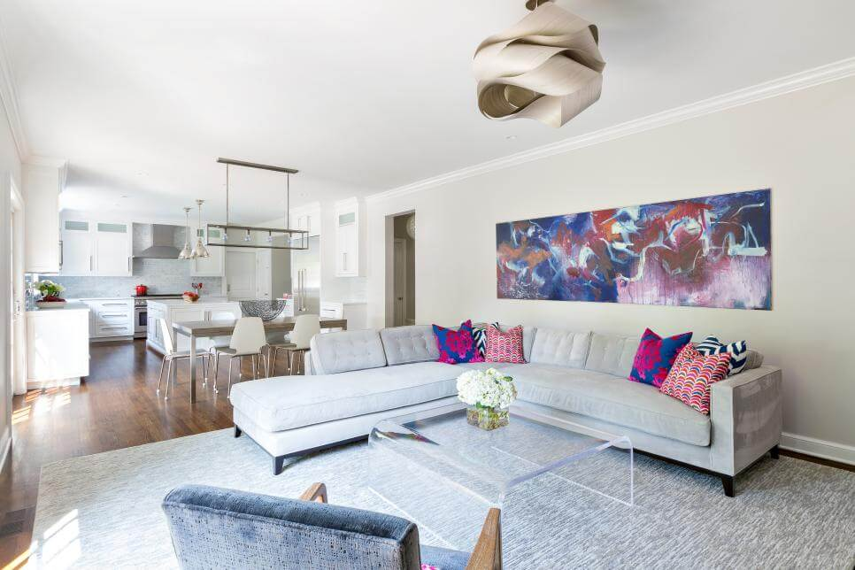 Claire-Paquin_Billington_Family-Room-Sectional.jpg.rend.hgtvcom.966.644